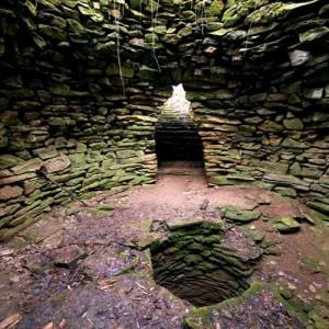 Кладенец в село Гърло - мистериозен храм